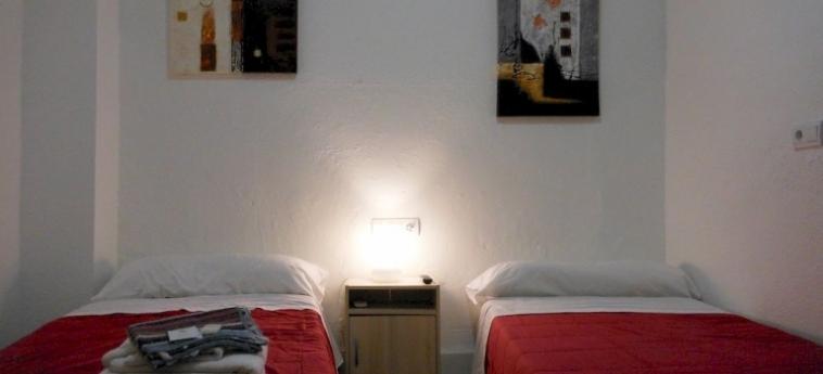 Pension Alicante: Li Galli Room VALENCIA