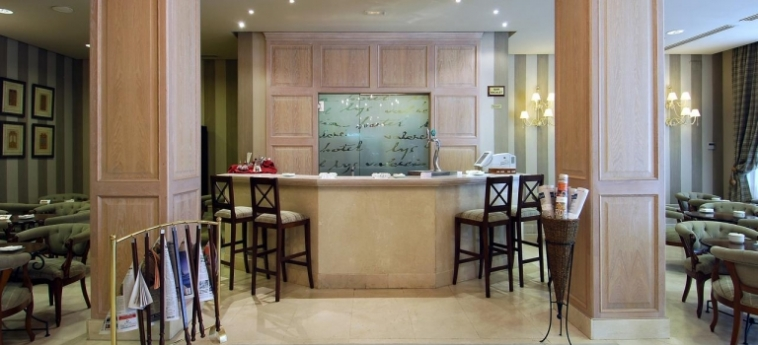 Hotel Vincci Lys: Lounge Bar VALENCIA