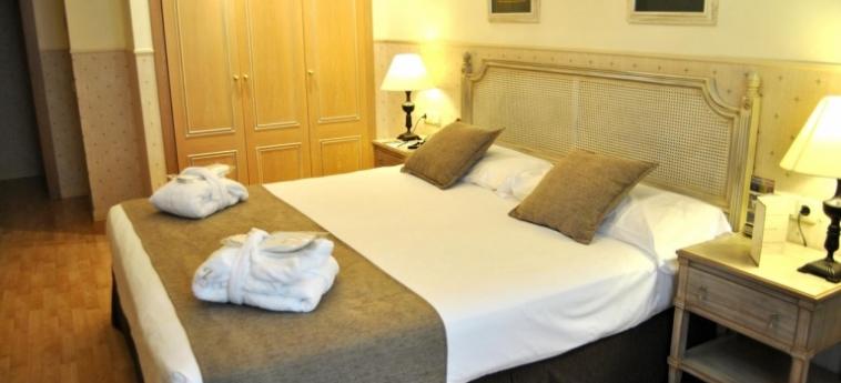 Hotel Vincci Lys: Bedroom VALENCIA