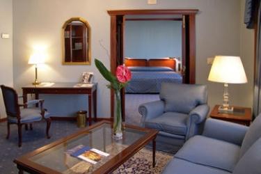 Ayre Hotel Astoria Palace: Guest Room VALENCIA