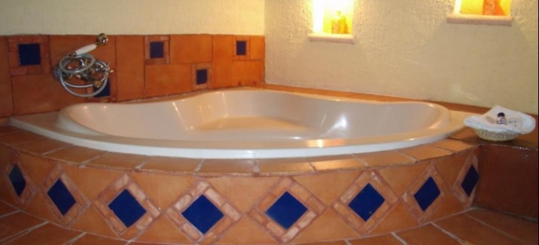 Hotel Ecotel Quinta Regia: Jacuzzi VALLADOLID