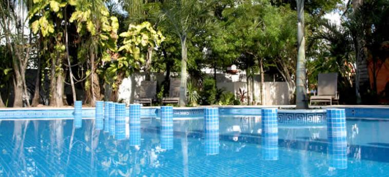 Hotel Ecotel Quinta Regia: Outdoor Swimmingpool VALLADOLID