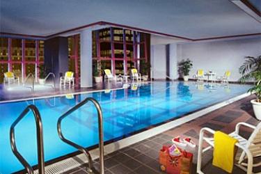 Hotel Sheraton Vancouver Wall Center: Piscina VANCOUVER