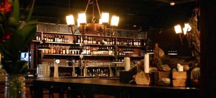 Hotel Oscar: Bar VARKAUS