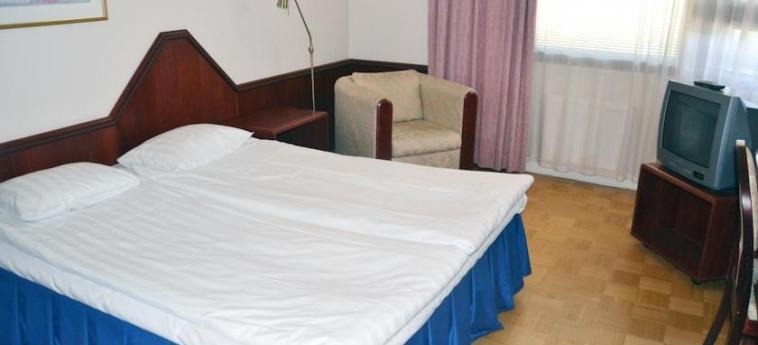 Hotel Oscar: Doppelzimmer VARKAUS