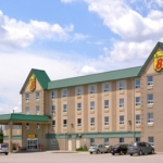 Hotel Super 8 Motel Toronto North