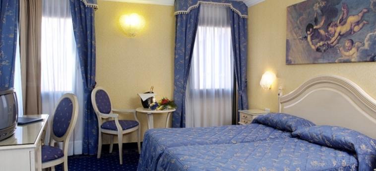 Hotel Ca' Formenta: Habitación VENECIA