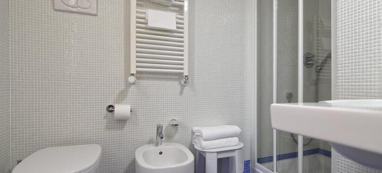 Hotel Al Nuovo Teson: Cuarto de Baño VENECIA