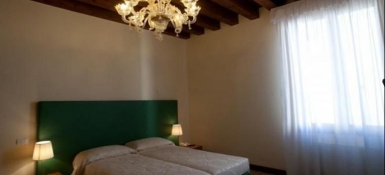 Hotel Foresteria Levi: Doppelzimmer  VENEDIG
