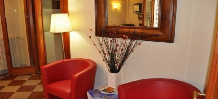 Hotel Foresteria Levi: Eingang VENEDIG