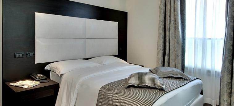 Hotel Villa Pannonia: Doppelzimmer  VENEDIG