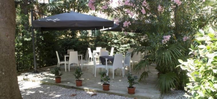 Hotel Villa Pannonia: Garten VENEDIG