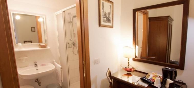 Casa Cosmo: Badezimmer VENEDIG