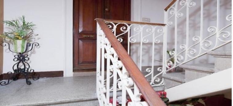 Hotel Youth Venice Home: Scalinata VENEZIA