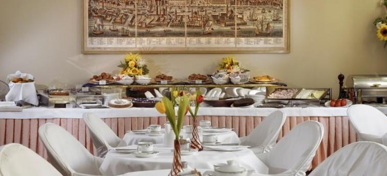 Hotel Amadeus: Buffet VENEZIA