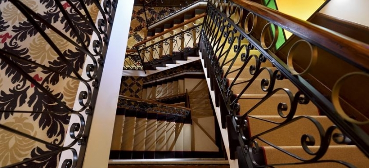 Hotel Amadeus: Scalinata VENEZIA