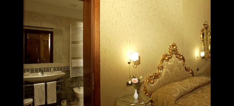 Hotel Al Ponte Mocenigo: Bagno VENEZIA