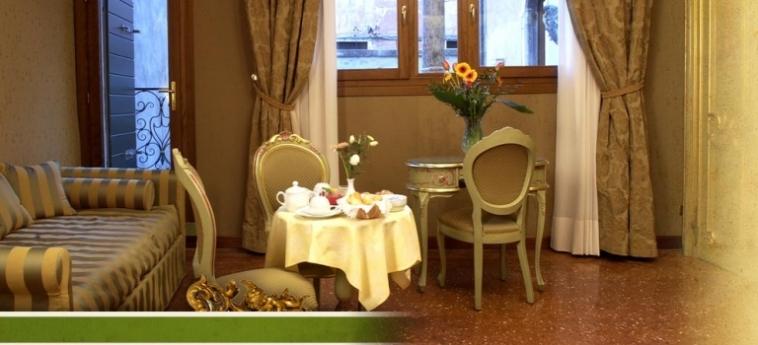 Hotel Al Ponte Mocenigo: Particolare della Camera VENEZIA
