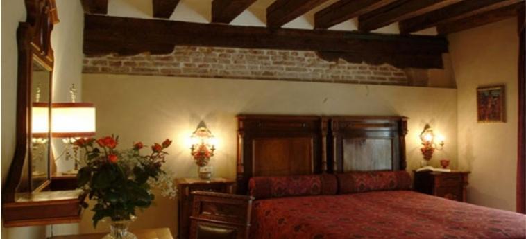 Hotel Palazzo Priuli: Camera Classic VENEZIA