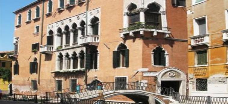 Hotel Palazzo Priuli: Esterno VENEZIA