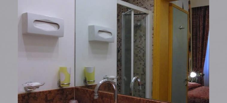Hotel Ca' Centopietre: Bathroom VENICE