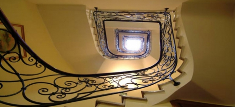 Hotel San Marco Palace: Staircase VENICE