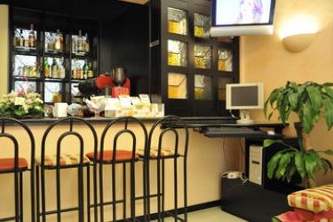 Hotel Garibaldi: Bar VENISE - MESTRE