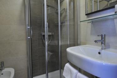 Hotel Garibaldi: Salle de Bains VENISE - MESTRE