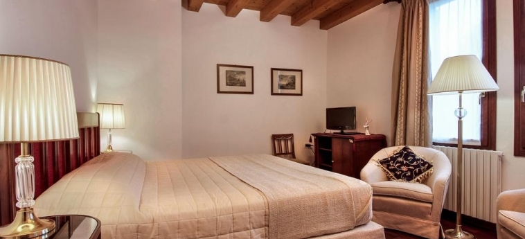 Hotel 500 Bed & Breakfast: Chambre Double VENISE