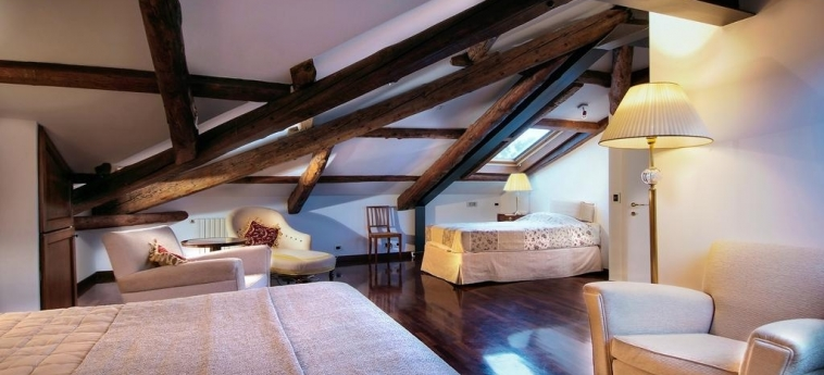 Hotel 500 Bed & Breakfast: Chambre VENISE