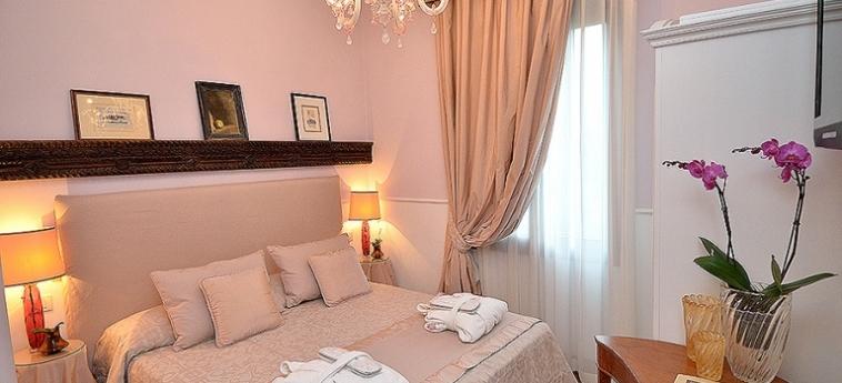 Hotel Villa Ines: Chambre Double VENISE