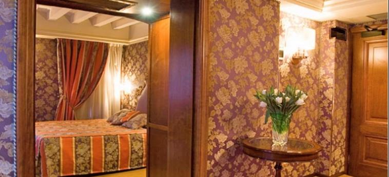 Hotel Royal San Marco: Chambre junior Suite  VENISE