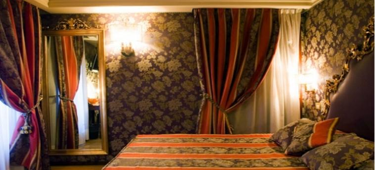 Hotel Royal San Marco: Chambre VENISE