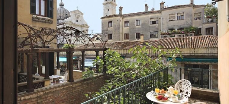 Casa Nicolo' Priuli: Balcony VENISE