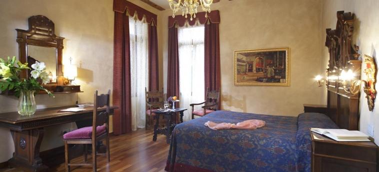 Casa Nicolo' Priuli: Room - Guest VENISE