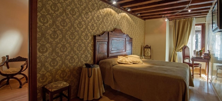 Casa Nicolo' Priuli: Standard Room VENISE