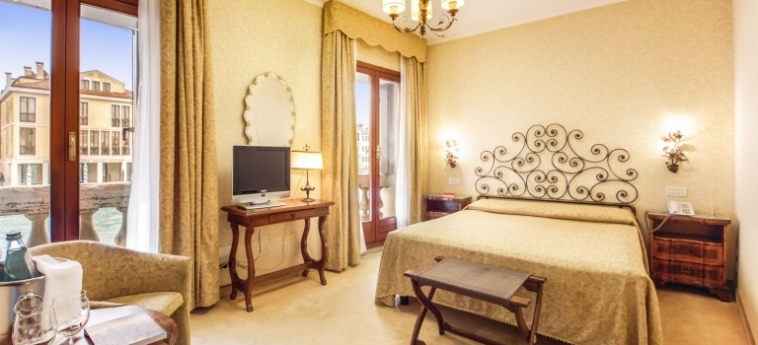 Hotel Continental, Bw Premier Collection: Chambre Comfort VENISE