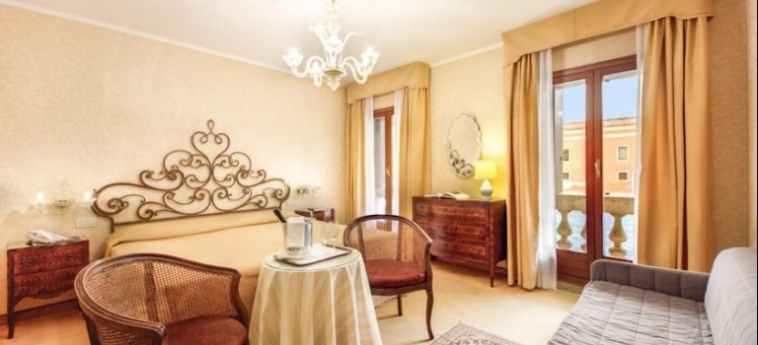 Hotel Continental, Bw Premier Collection: Chambre Double VENISE