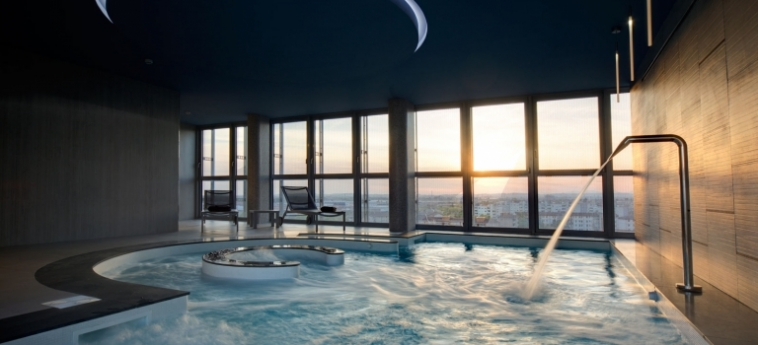 Hotel Crowne Plaza Verona Fiera: Swimming Pool VERONA