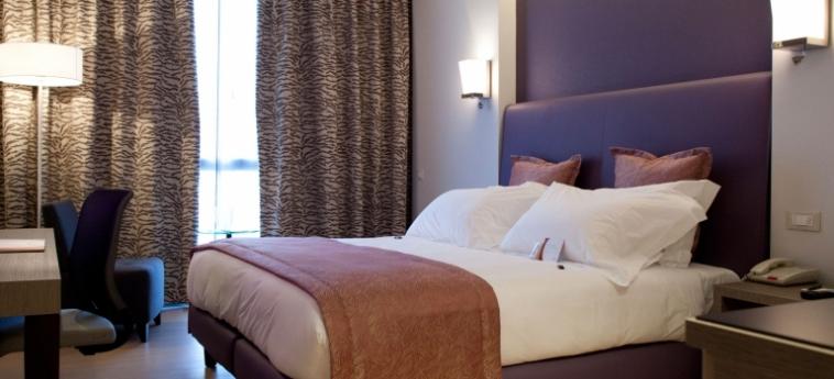 Hotel Crowne Plaza Verona Fiera: Camera Matrimoniale Club VERONA