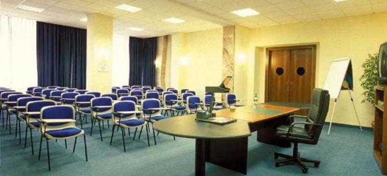 Hotel Best Western Soave: Sala de conferencias VERONA
