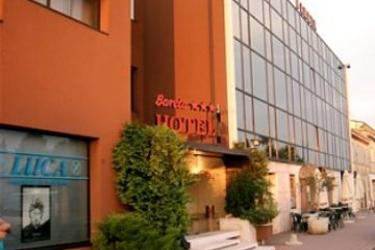 Hotel Bareta: Eingang VERONA