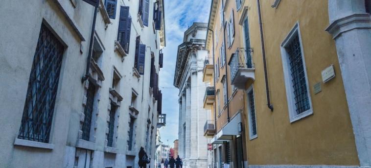 Hotel San Nicolò 3: Piscine Découverte VERONE