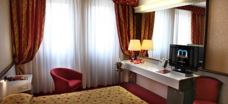 Hotel Maxim: Chambre Double VERONE