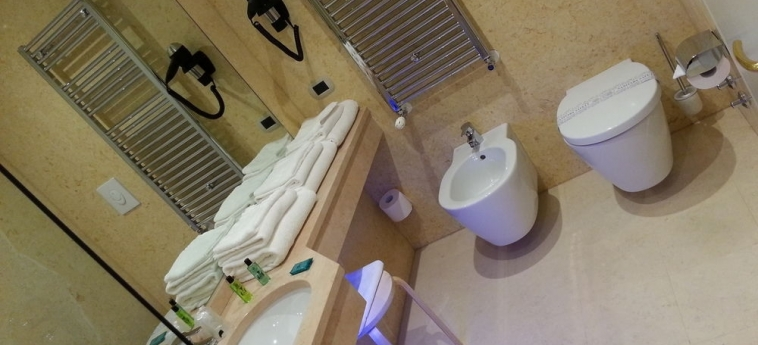 Palace Hotel La Conchiglia D'oro: Bagno - Suite VICENZA