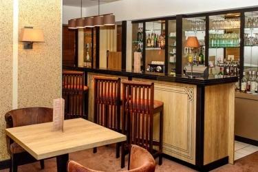 Hotel Vichy Thermalia: Bar VICHY