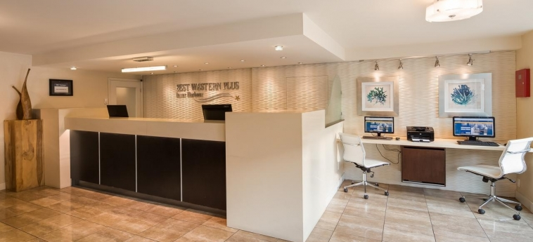 Hotel Best Western Plus Inner Harbour: Reception VICTORIA