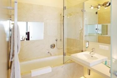 Suitehotel Kahlenberg: Cuarto de Baño VIENA