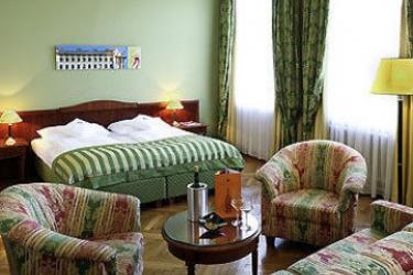 Hotel Mercure Secession Wien: Guest Room VIENNA