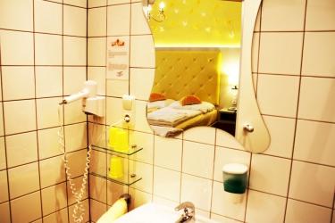 Hotel Odeon: Lavandino del bagno VIENNA
